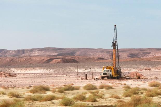 Izrael zaczyna poszukiwania ropy na spornym obszarze