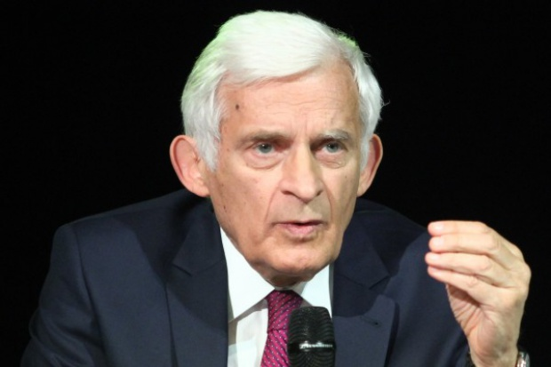 Buzek o planie unii energetycznej: postęp, ale jeszcze nie ma przełomu