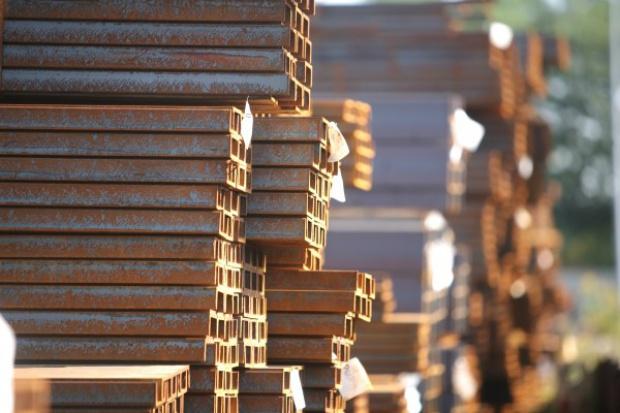 MEPS: ceny stali spadły w ciągu roku o 17,7 proc.
