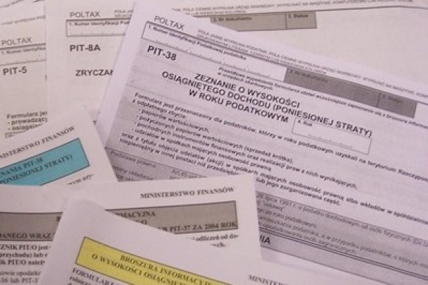 W połowie marca ruszy usługa wstępnego wypełniania PIT-ów