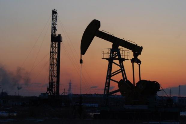 Lukoil wieszczy drastyczny spadek światowego wydobycia ropy