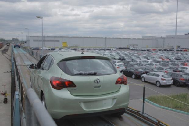 Europejska premiera systemu mobilnego w samochodach Opla