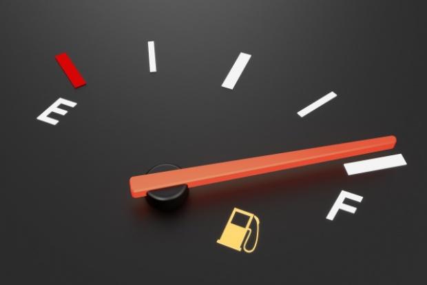 Seria podwyżek cen na stacjach paliw