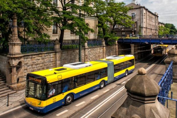 Autobusy na fali wznoszącej