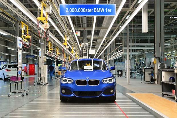 """Jubileusz produkcyjny """"jedynki"""" BMW"""
