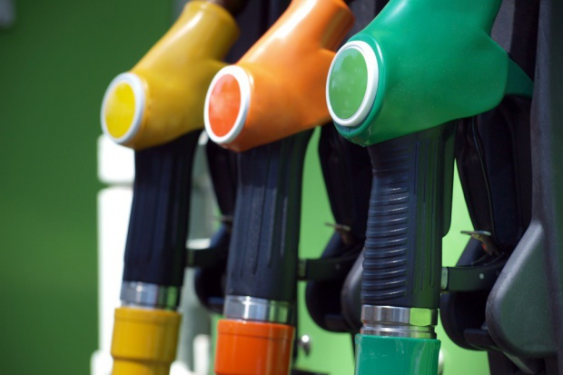 Szara strefa w paliwach trzyma się mocno