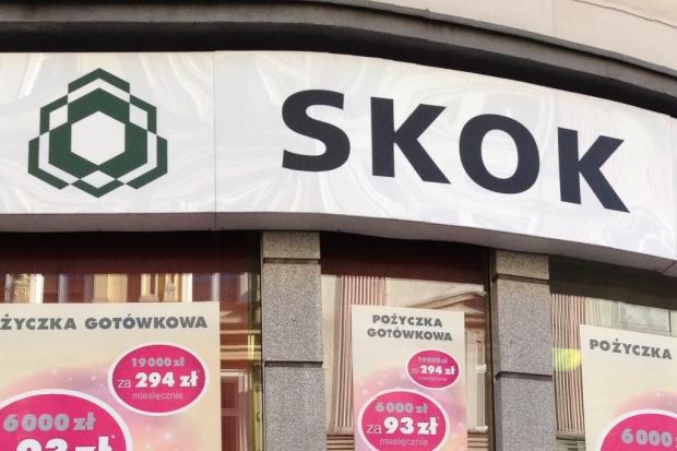Niepewne udziały klientów w SKOK-ach