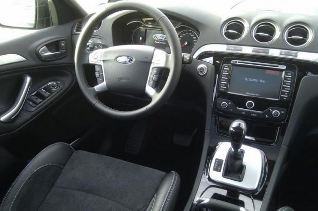 Ford wprowadza system chroniący kierowców przed karami za prędkość