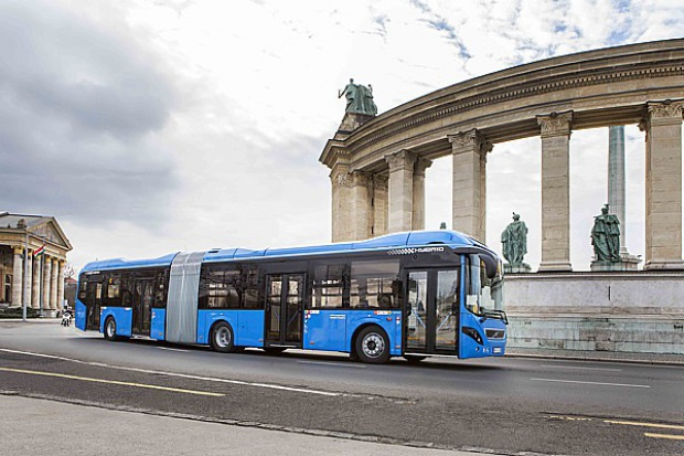 Hybrydowe Volvo z Wrocławia dla Budapesztu