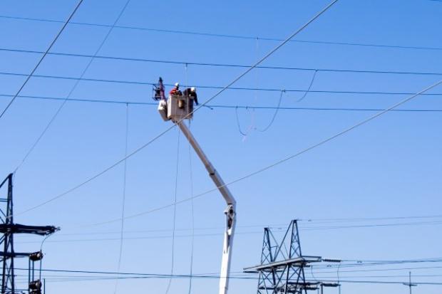 Wielkopolskie. 6,5 tys. odbiorców bez prądu wskutek silnego wiatru