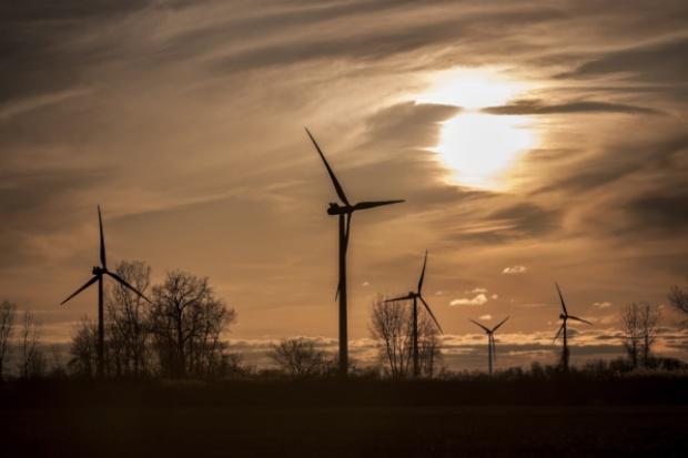 Stopniał kolejny wiatrakowy kontrakt konsorcjum Erbudu