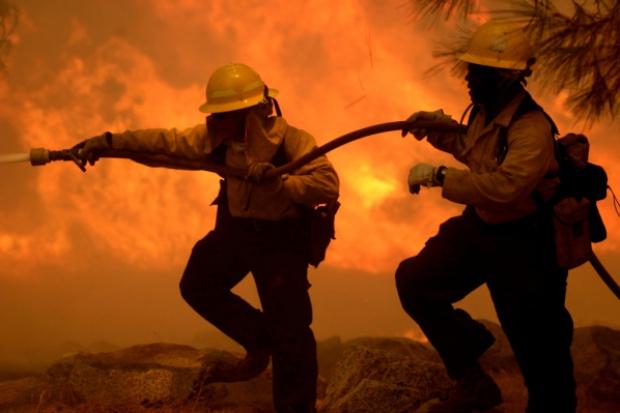 Gigantyczny pożar fabryki General Electric w USA