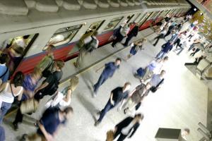 20 lat temu wyruszył pierwszy pociąg metra w Warszawie