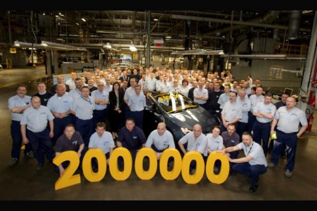 Gliwicki Opel wyprodukował dwumilionowy samochód