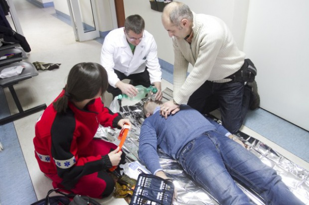 Polskie LNG szkoli w udzielaniu pierwszej pomocy