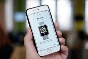 Można już zamówić Apple Watch. Na razie nie w Polsce
