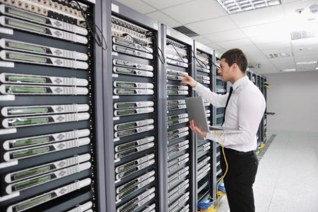 ZUS serwisuje sieć za prawie trzy i pół miliona złotych
