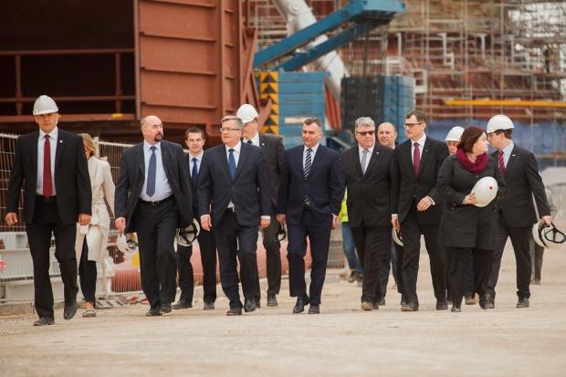 Prezydent Komorowski na budowie bloku w Elektrowni Kozienice