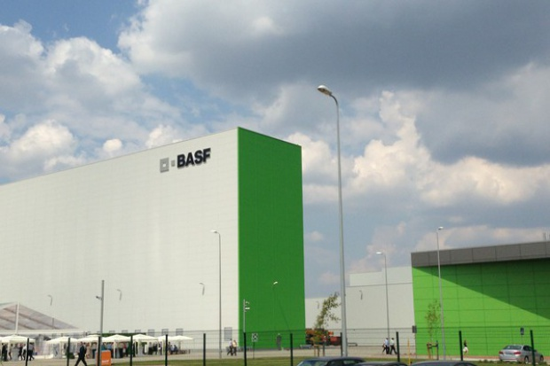 BASF zwiększa umowę z Mostostalem Zabrze