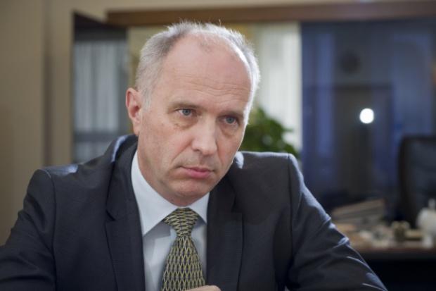 Jakubiak: KNF powinna móc wykreślać z listy ostrzeżeń publicznych