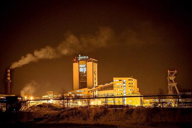Jak węgiel z prądem