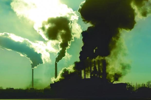 Walka ze zmianami klimatu nie może być walką z przemysłem