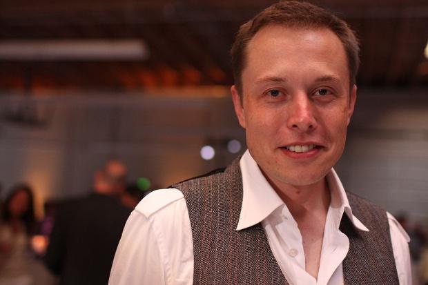 Tesla opracowała baterie dla mieszkań, firm i instytucji