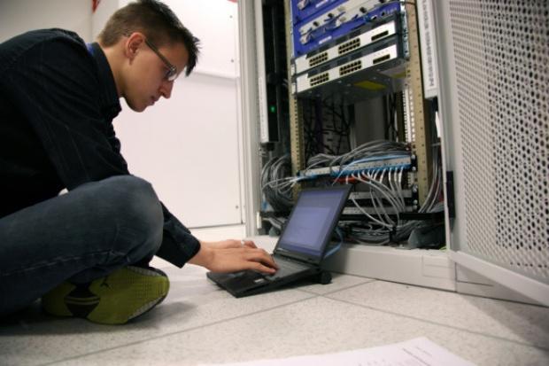 Uniwersytet Śląski kupuje dostęp do sieci za ponad 2 mln zł