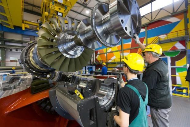 Orlen: blok gazowy w Płocku zapewni prąd dla całego zakładu