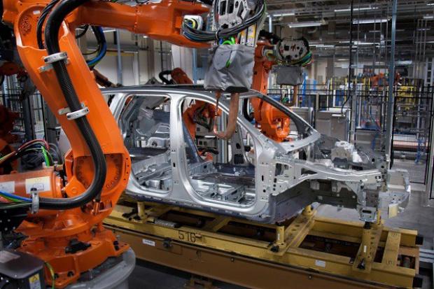 Volvo: więcej samochodów z fabryki Torslanda