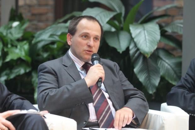 Były szef KNF krytykuje plany zmian w nadzorze finansowym