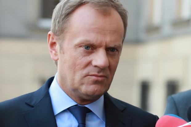 Tusk podziękował Komorowskiemu i pogratulował Dudzie
