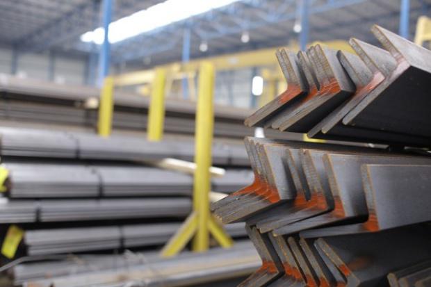 Produkcja stali na świecie spadła