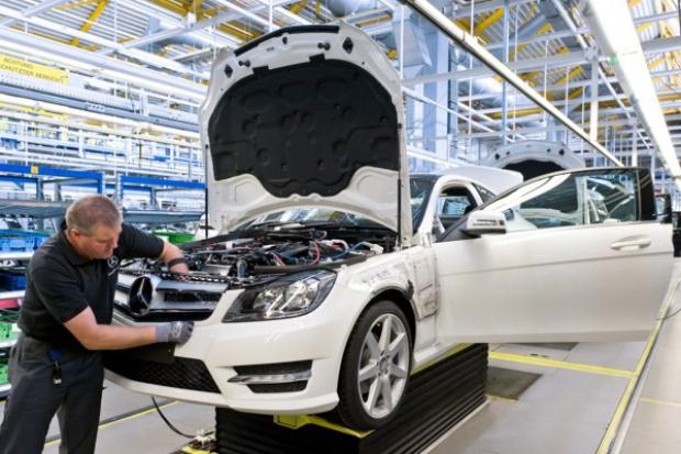 Daimler unowocześni zakład w Bremie