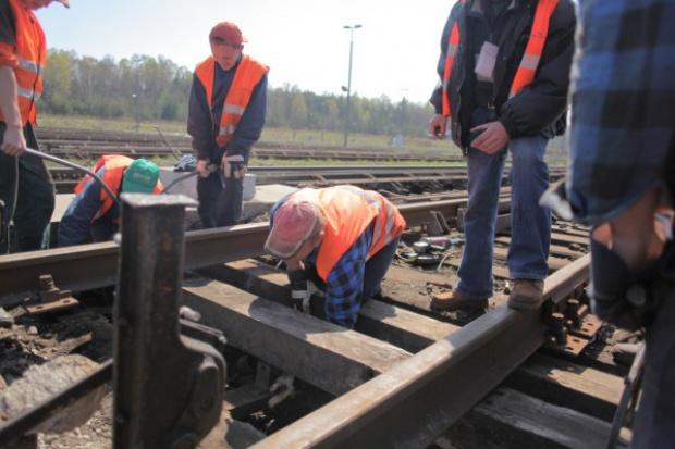 Dwóch chętnych w kolejowym przetargu dla PKP PLK