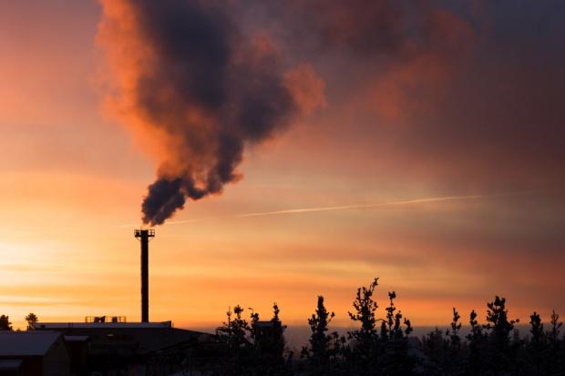 Nowe zasady dotowania wymiany pieców węglowych w Krakowie