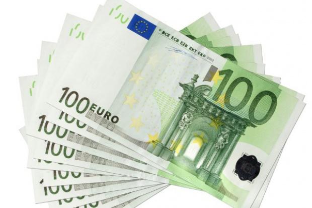 UE: rekordowa liczba zgłoszeń nadużyć finansowych w 2014 r.