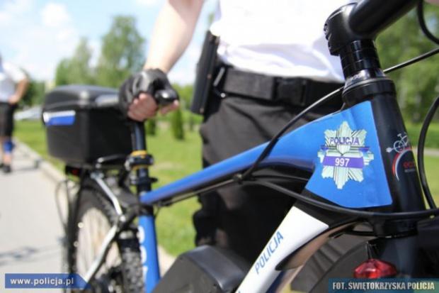Mundurowi na e-rowerach