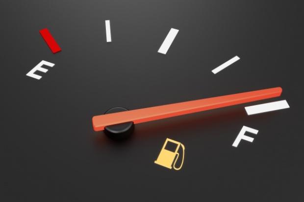 Na stacjach paliw wyraźnie drożej