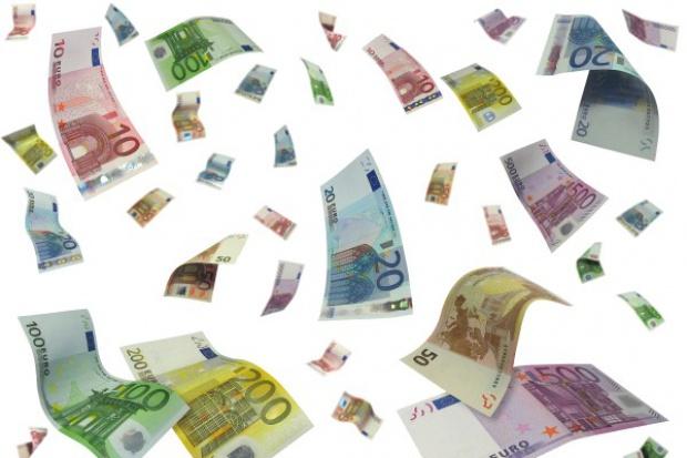 Unijny komisarz Oettinger: ratowanie strefy euro - priorytetem