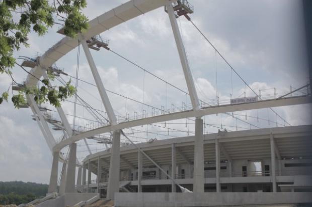 Rusza podnoszenie dachu na Stadionie Śląskim
