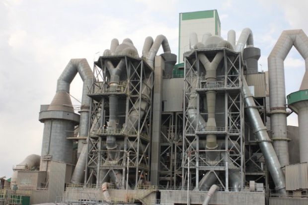 Cementownie mogą być alternatywą dla spalarni odpadów