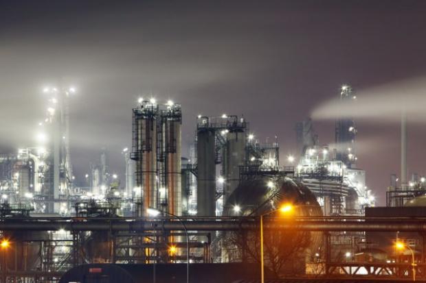 Przepisy UE obniżają konkurencyjność rafinerii