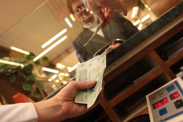 Klienci chcą placówek bankowych