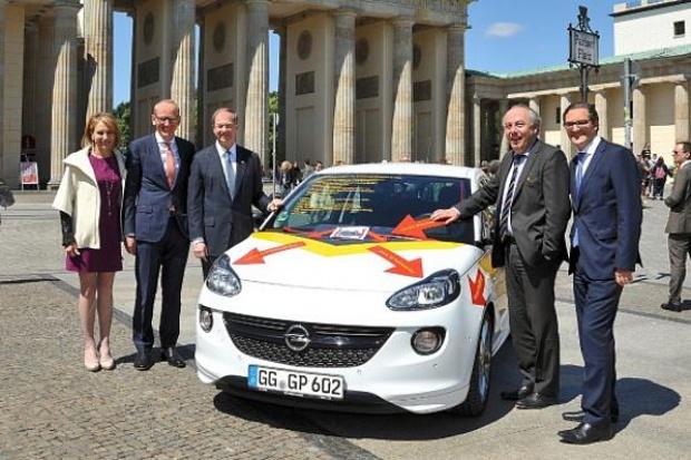 Opel: niełatwy eksport aut z Europy do USA