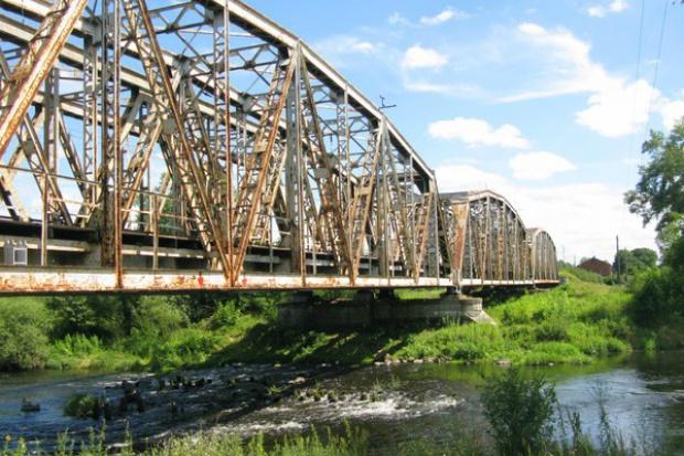 Kolejowy most na Warcie do modernizacji za 47 proc. budżetu