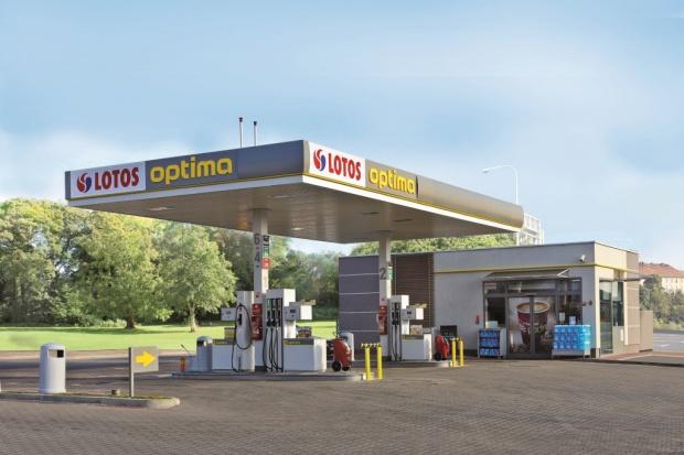 450. stacja paliw w sieci Lotos