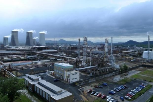 Unipetrol wstrzymuje pracę petrochemicznej instalacji