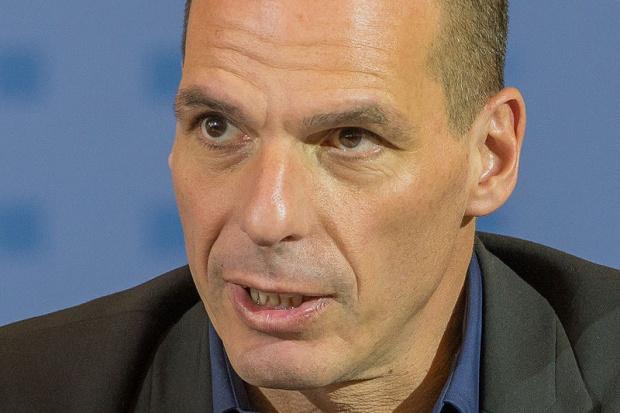 """Grecki minister finansów: Europa szantażuje Greków, by zagłosowali na """"tak"""""""