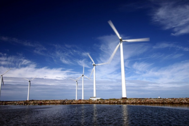 Nowe morskie farmy wiatrowe z turbinami Siemensa
